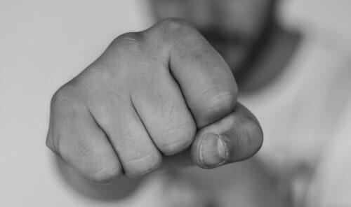 knytnæve hånd